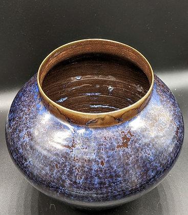 Dark stoneware vase. Blue Crystal glaze.