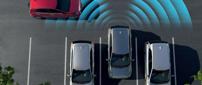 Система помощи при выезде с парковки задним ходом (RCCW)