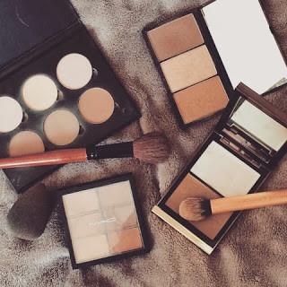 Contour products - powder vs cream