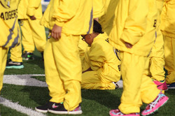Amor in yellow crowd