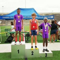 Jordan Adams 1st place 800m run