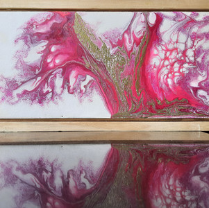 Fluid Art : Shades of Pink with Golden finish