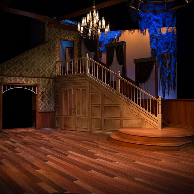 THE DUCHESS OF MALFI - Floor, Wallpapering, and Wainscoting Wood Treatment