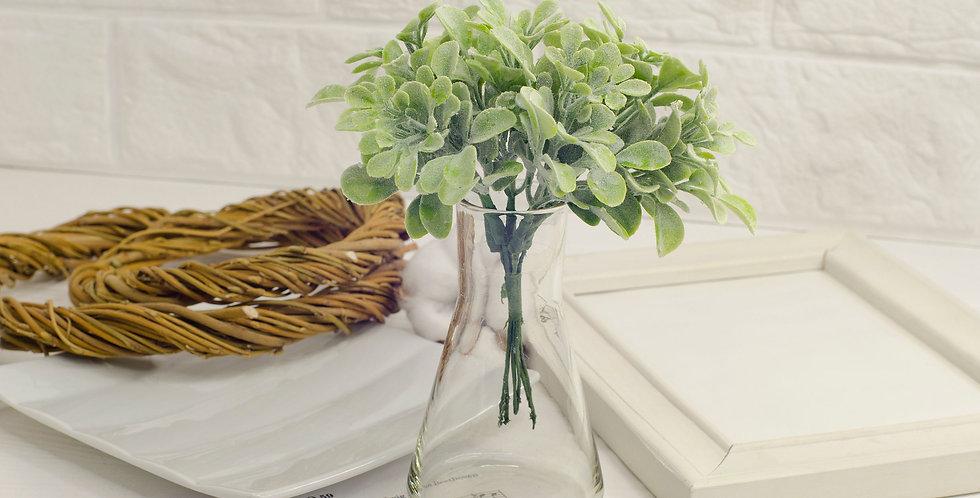 Ветка зелени декоративная  15см