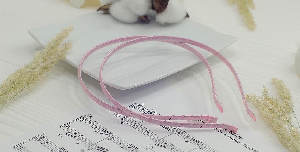 Обруч основа в атласной ленте металл 5мм розовый
