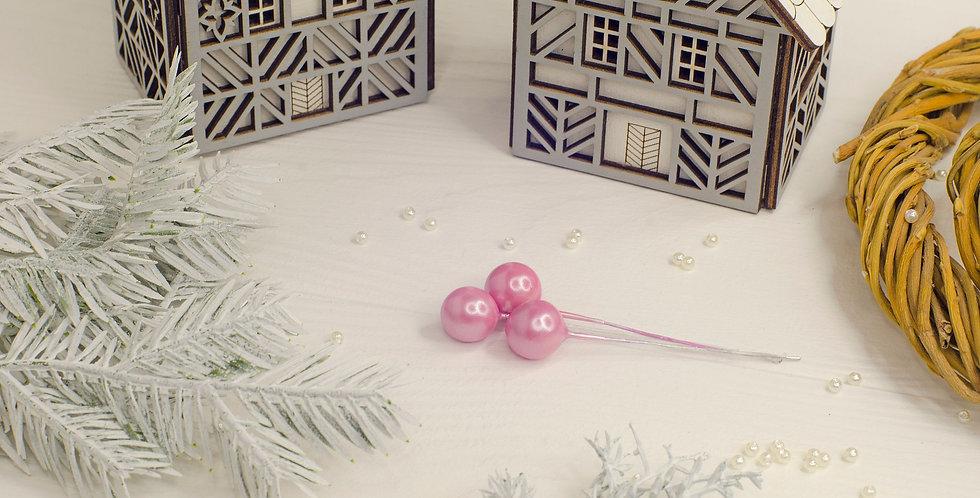 Ягода перламутровая на ветке 10мм, розовая
