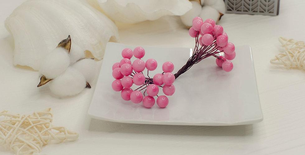 Ягоды на ветке двойные в пучке 40шт , розовые
