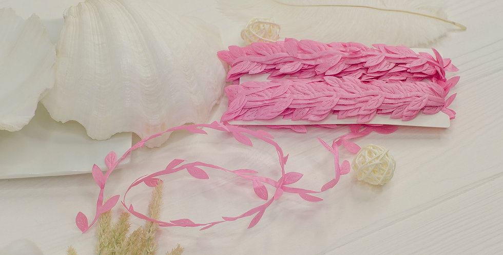 Греческая лента с листочками , розовая