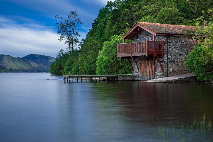 boat house lake good .jpg