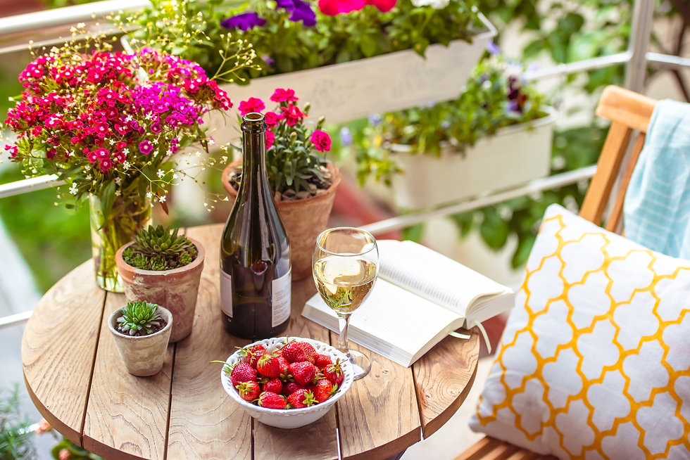 WINE AND BOOKS GREAT OUTDOORS.jpg