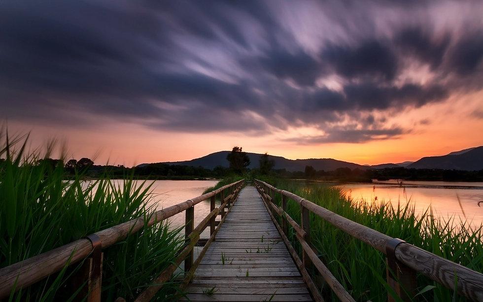 lake mountains .jpg