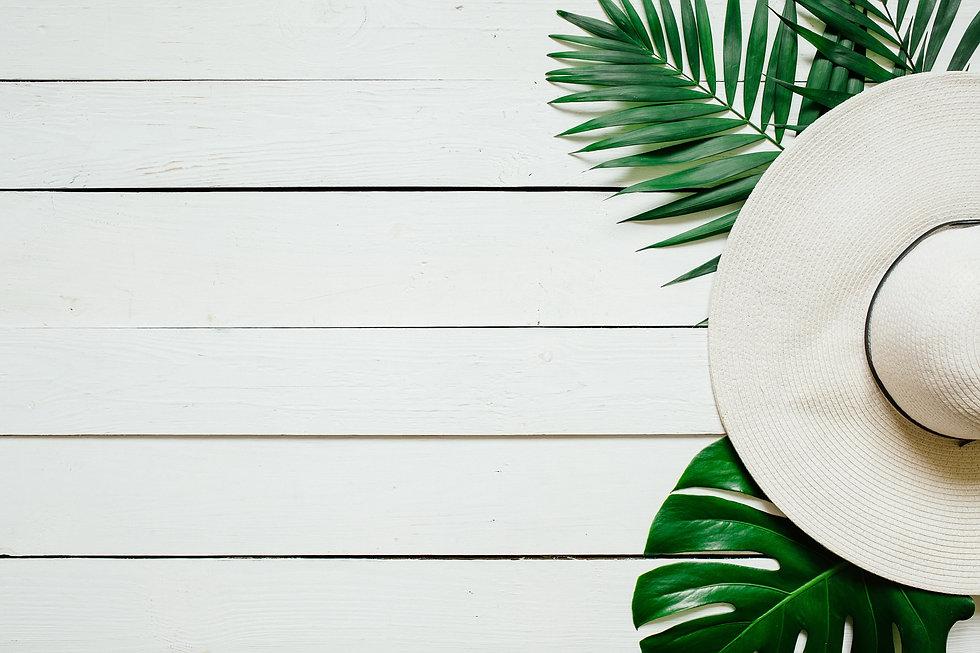 White straw hat.jpg