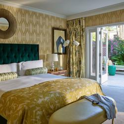 BHH_117_Paul_Williams_Suite_Bedroom_L_06