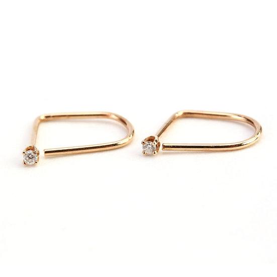 AM Thorn14K Gold Diamond Wire Earrings