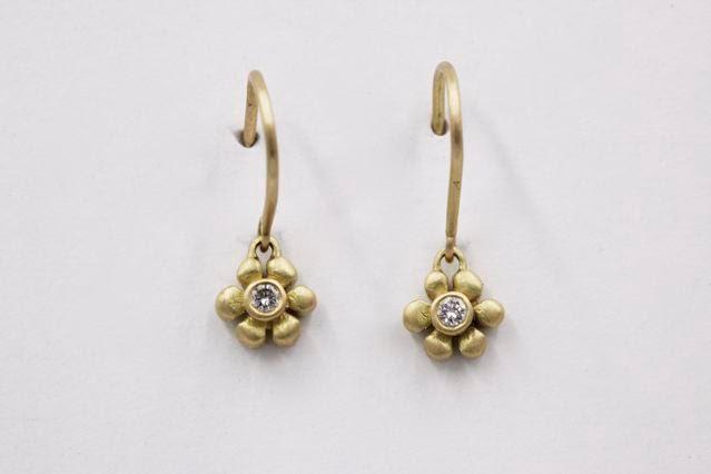 Marian Maurer Daisy dangle earrings