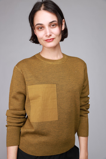 IMG_004895_closed_golden_patch_pocket_sweater_.JPG