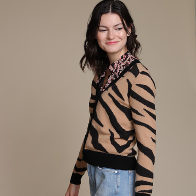 jumper1234_tiger_cardigan5.jpg