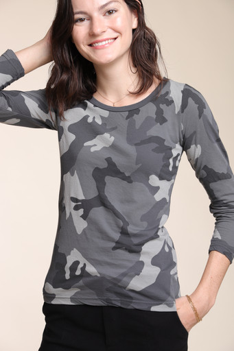 JUMPER1234_LONG_SLEEVE_CAMO_TEE_1