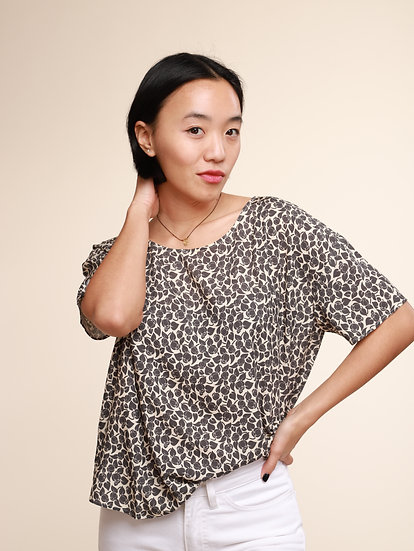 ACOTE GREY PRINT BLOUSE