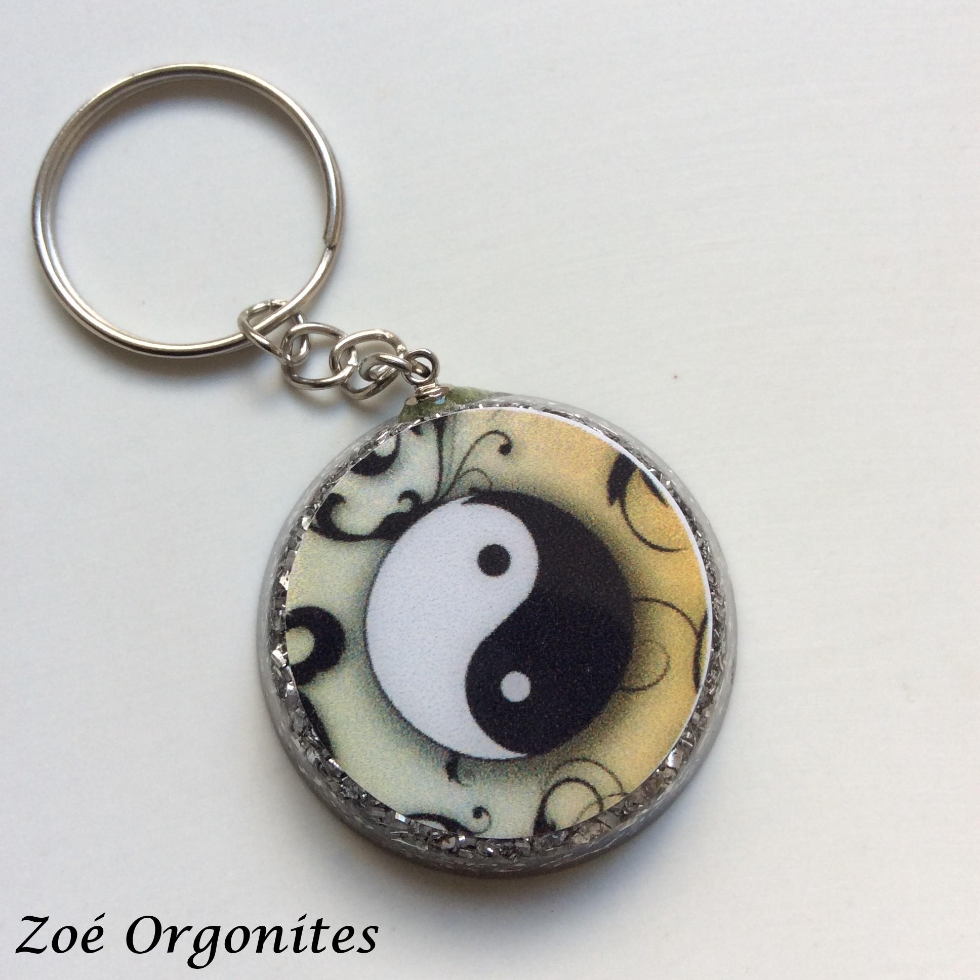 Chaveiro em orgonite Yin Yang