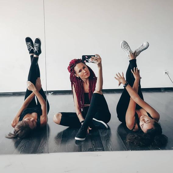 танцы в Новороссийске, танцы для девушек