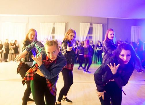 танцы в Новороссийске, научиться танцева