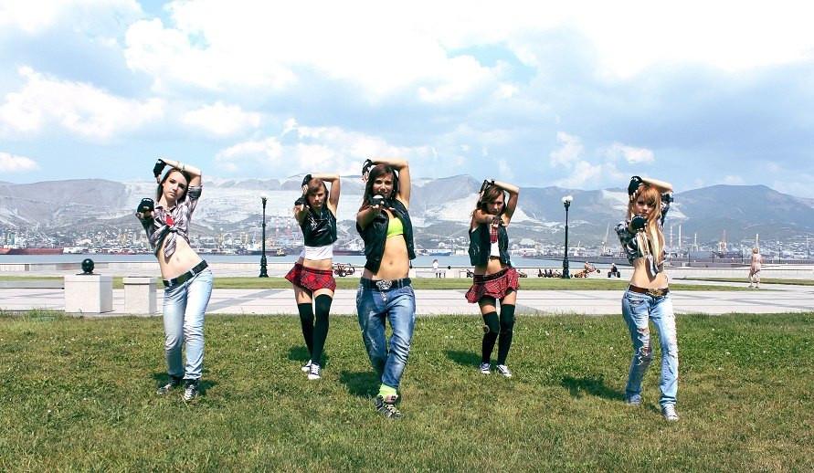 Танцы для девушек в Новороссийске, обуче