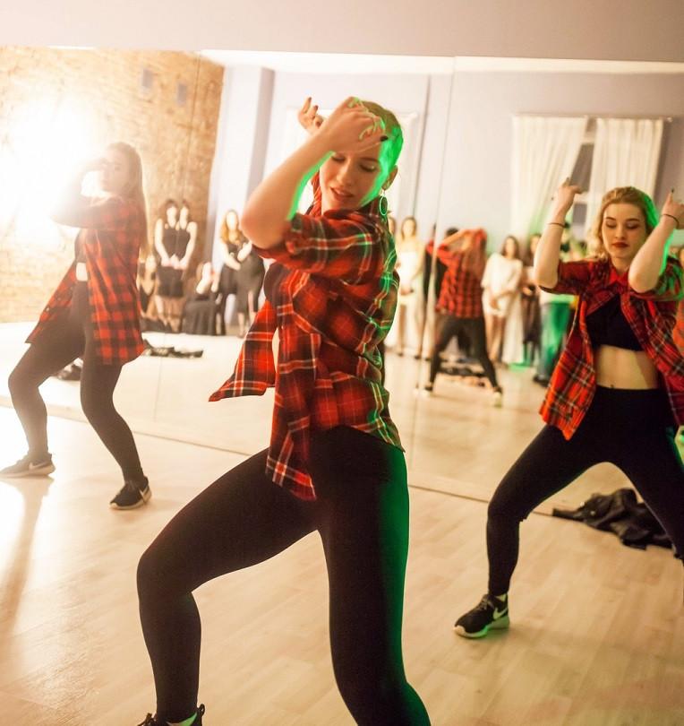 танцы для девушек, dancehall, танцы в Но