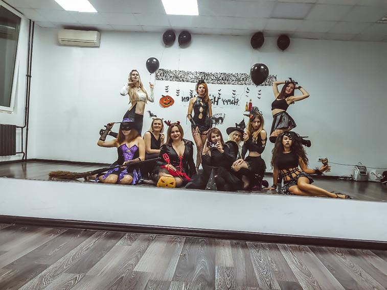 танцы для девушек в Новороссийске 2019.j