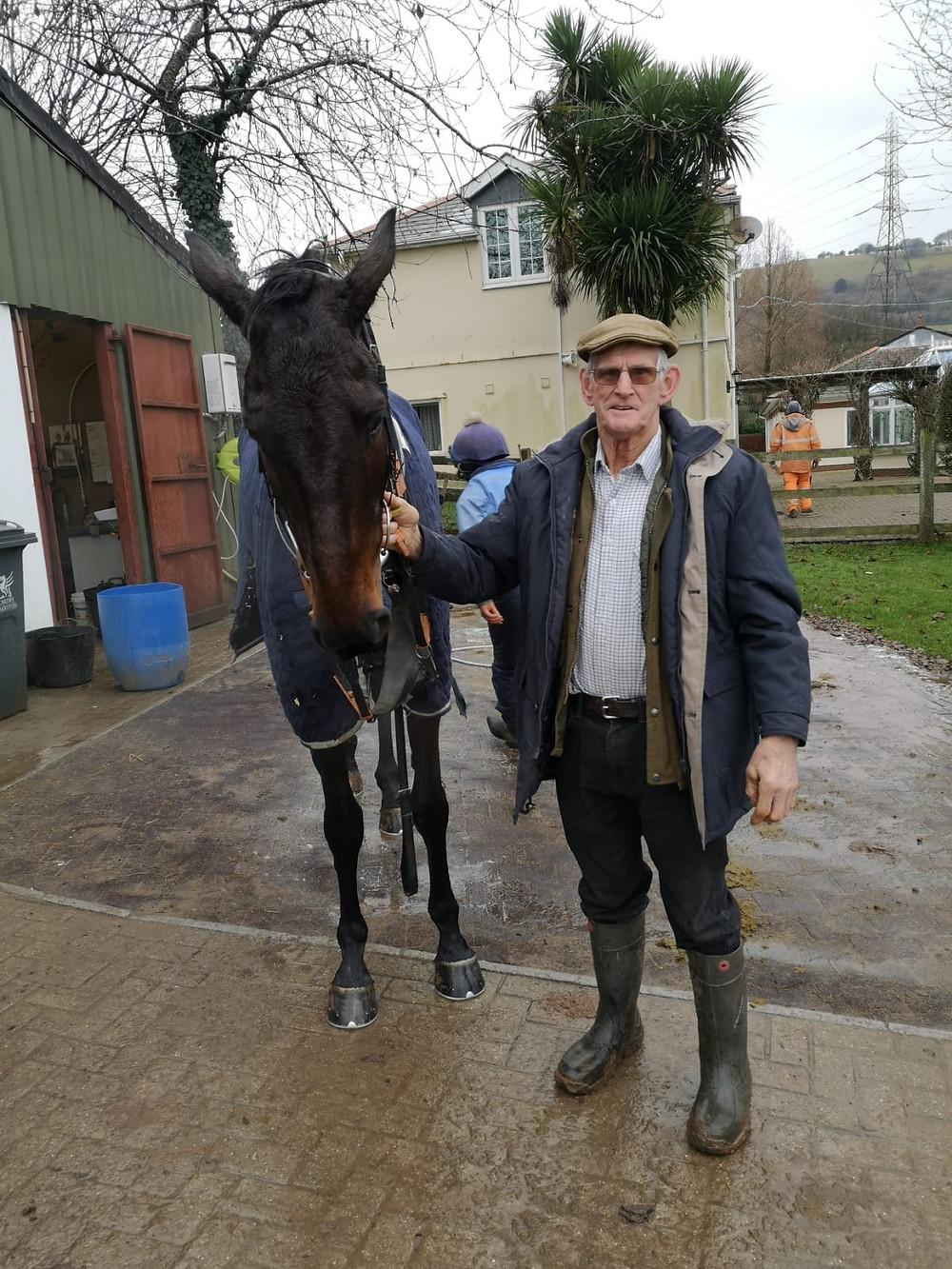 Iwilldoit with his breeder Stan