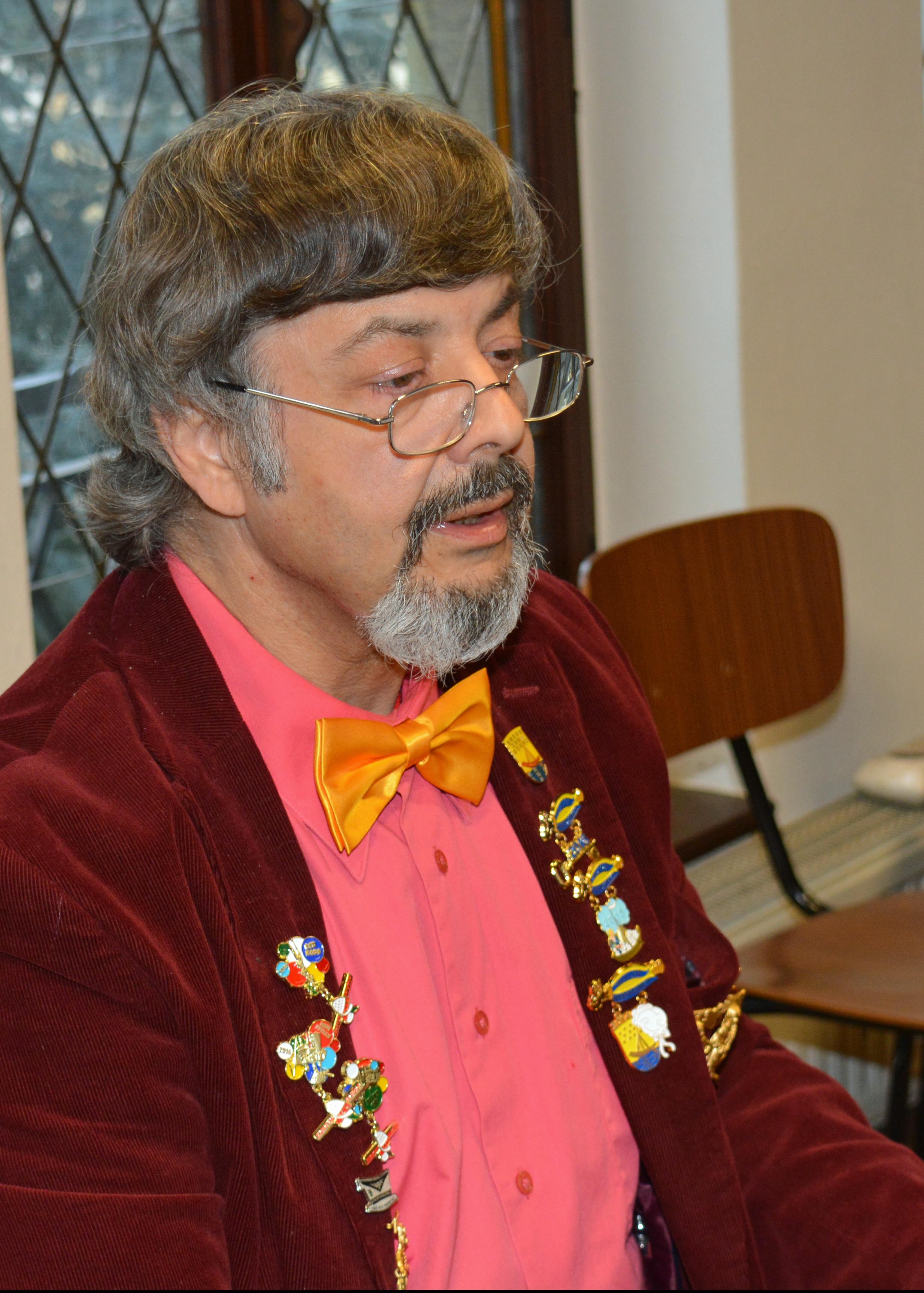 Unser Chorleiter Roland Westphal ...