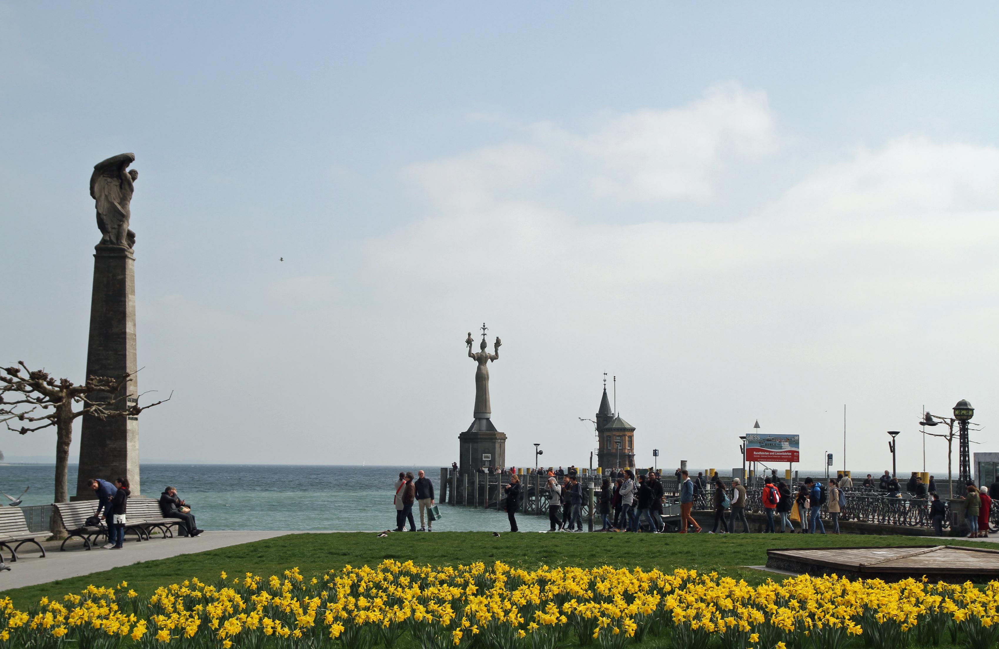 Hafen mit Imperia