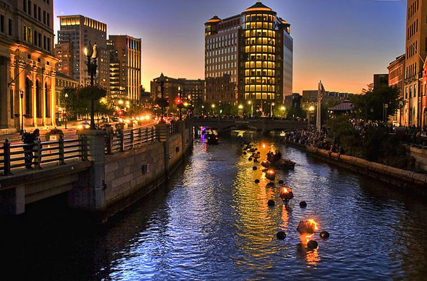 what-to-do-in-providence-ri-waterfire-78
