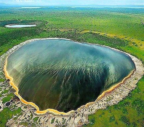 Ngorongoro%20Crater2_edited.jpg