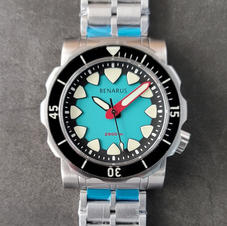 turquoise no date sapphire bezel 4.jpg
