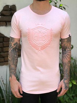 Camiseta Brasão Bordado Rosa Bebê