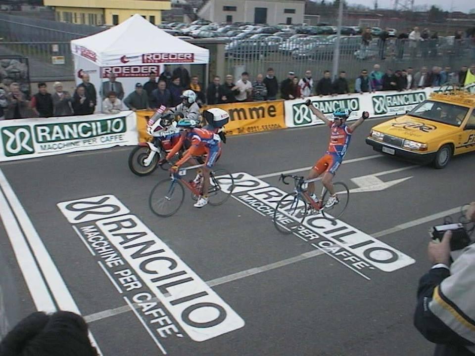 2001 Stefano Cavallari