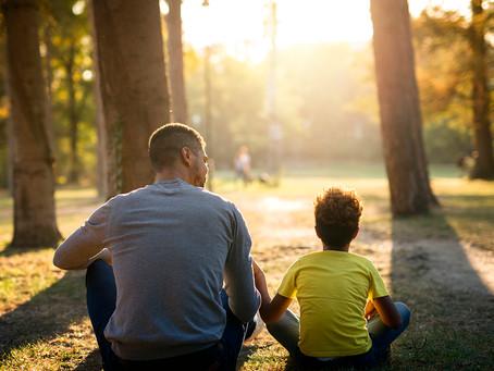 Como desenvolver o pensamento crítico nas nossas crianças, dos mais pequenos aos mais velhos?