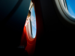 How to Handle a Child Kicking The Back of Your Airplane Seat