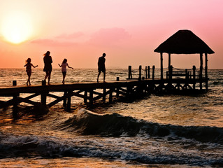 Five Reasons to Travel the World with Your Kids