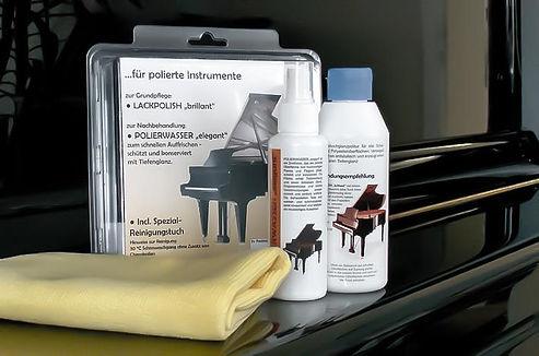 Ošetrenie povrchu klavírov, prípravok na klavíri, Richard Šulc, predajňa,mada music, melody shop, piano servis, Drnek piana, Petrof, Hudobné nástroje, Predajňa hudobných nástrojov, Hudobniny, akcia, zadarmo, výhodný nákup, zľava, výpredaj, Muzikus, pianos, Koňuch, klavire eu, muziker, sťahovanie klavirov, bazar, bazos, pirický, opravy hudobných nástrojov, Antonín Petrof, Kizak, Bujnovska, Matovič, Balog, Hupka klavir, Piano studio, výpredaj, klavírne krídlo, klavír pre začiatočníkov, klavir na predaj, muzikant, najpredávanejší klavír, akustický klavír, digitálne piano, klavír a klávesové nástroje, strunové nástroje, údržba klavirov, ošetrovanie klavirov Atelier Piano, Ladenie klavirov a pianín, Oprava klavírov a pianín, Servis klavírov a pianín,