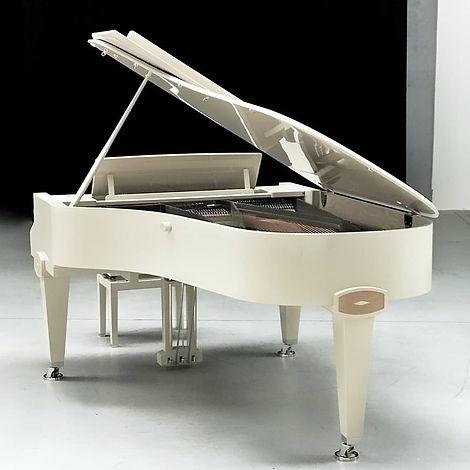 Petrof STINGRAY,Šulc, predajňa,mada music, melody shop, piano servis, Drnek piana, Petrof, Hudobné nástroje, Predajňa hudobných nástrojov, Hudobniny, akcia, zadarmo, výhodný nákup, zľava, výpredaj, Muzikus, pianos, Koňuch, klavire eu, muziker, sťahovanie klavirov, bazar, bazos, pirický, opravy hudobných nástrojov, Antonín Petrof, Kizak, Bujnovska, Matovič, Balog, Hupka klavir, Piano studio, výpredaj, klavírne krídlo, klavír pre začiatočníkov, klavir na predaj, muzikant, najpredávanejší klavír, akustický klavír, digitálne piano, klavír a klávesové nástroje, strunové nástroje, údržba klavirov, ošetrovanie klavirov Atelier Piano, Ladenie klavirov a pianín, Oprava klavírov a pianín, Servis klavírov a pianín, Richard