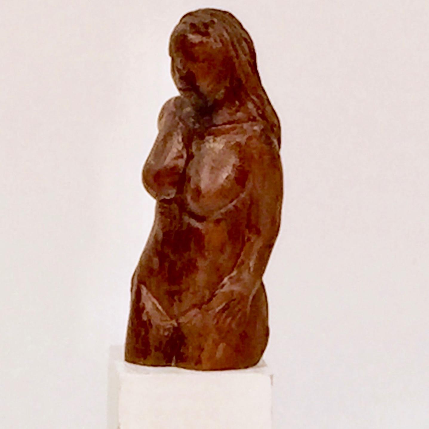EllenHanauer_walnut carving