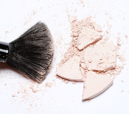 black-makeup-brush-3526843_edited.jpg