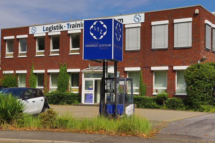 Außenansicht LTZ Logistik-Trainings-Zentrum Nießen