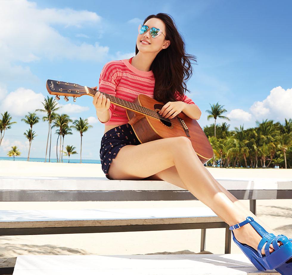 04 - Fiona Fussi, Austrian Hong Kong-Chinese model
