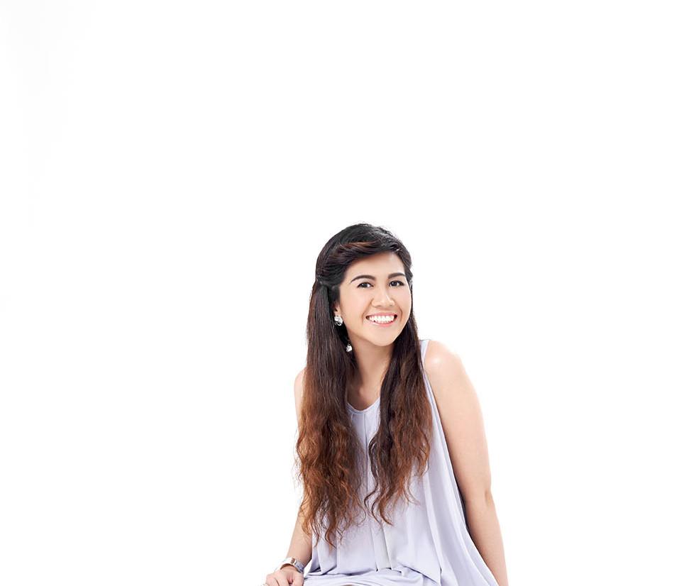 Pauline Barra, Calligrapher/Founder of Happy Hands Project