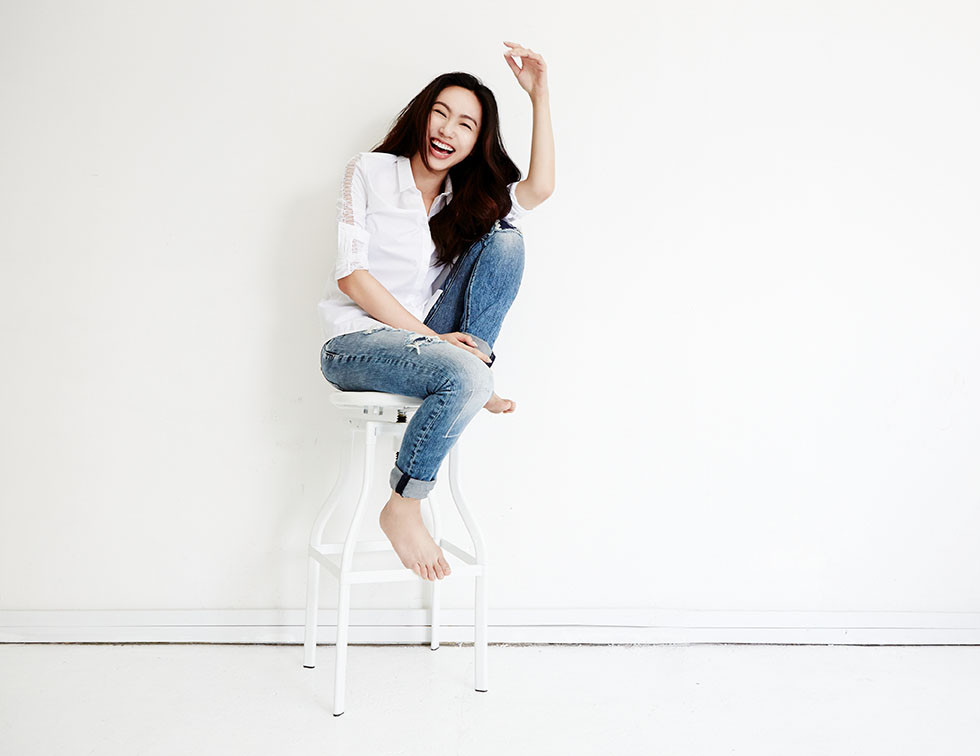 02 - Oon Shu An, stage and tv actress