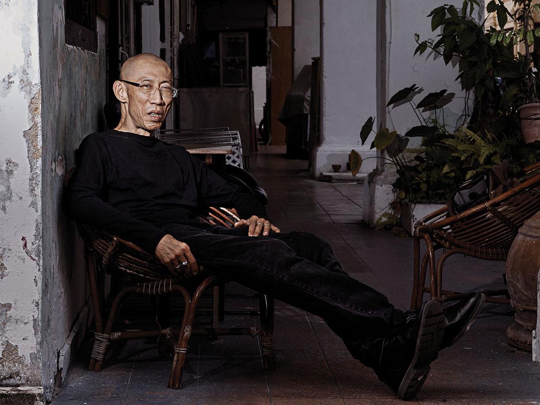 03 - Lee Wen, performance artist