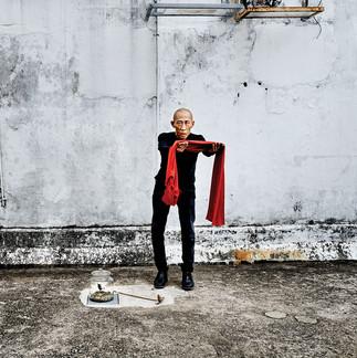 04 - Lee Wen, performance artist